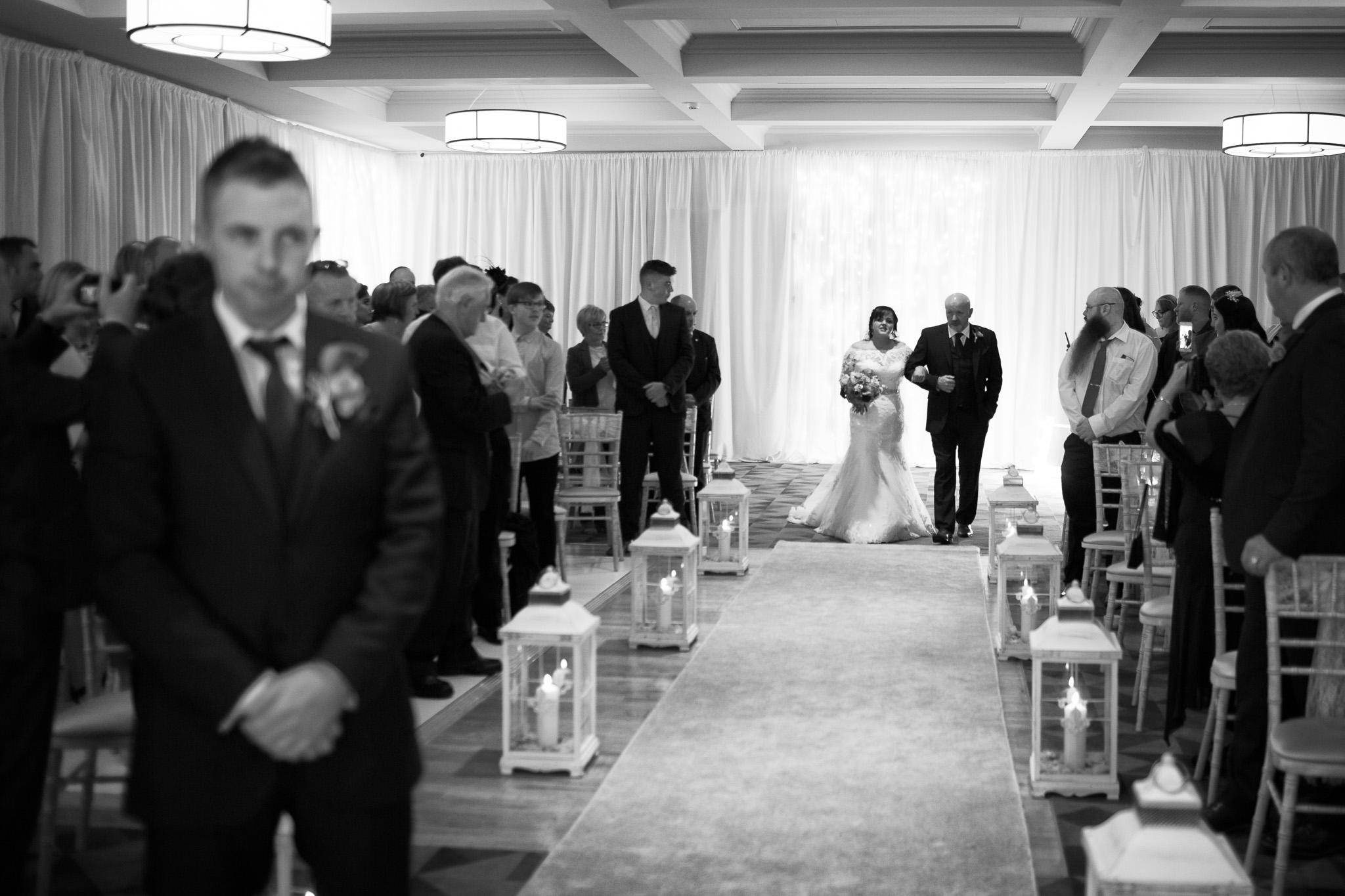 Mark_Barnes_Northern_Ireland_Wedding_Photography_Marine_hotel_ballycastle_Wedding_Photography_Janet&Darren-12.jpg