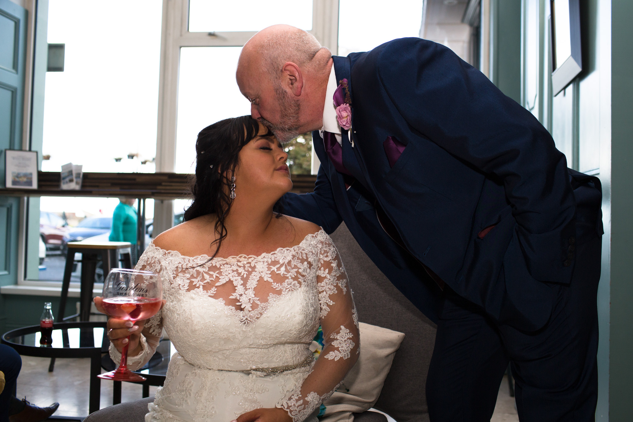 Mark_Barnes_Northern_Ireland_Wedding_Photography_Marine_hotel_ballycastle_Wedding_Photography_Janet&Darren-30.jpg