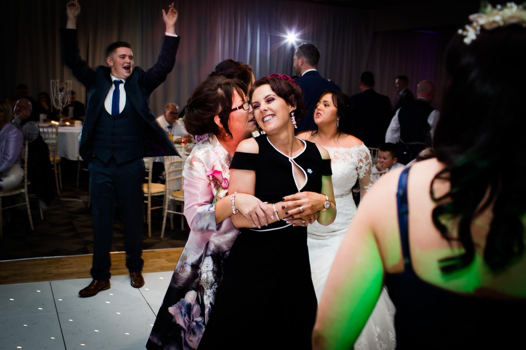 Mark_Barnes_Northern_Ireland_Wedding_Photography_Marine_hotel_ballycastle_Wedding_Photography_Janet&Darren-44.jpg