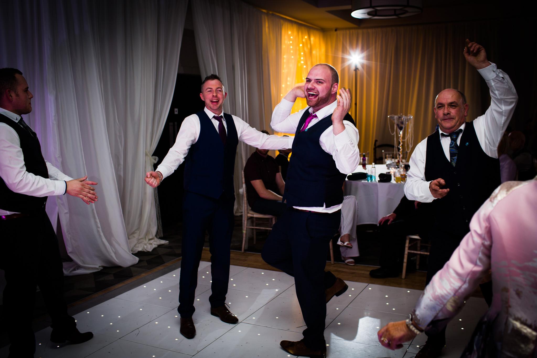 Mark_Barnes_Northern_Ireland_Wedding_Photography_Marine_hotel_ballycastle_Wedding_Photography_Janet&Darren-46.jpg