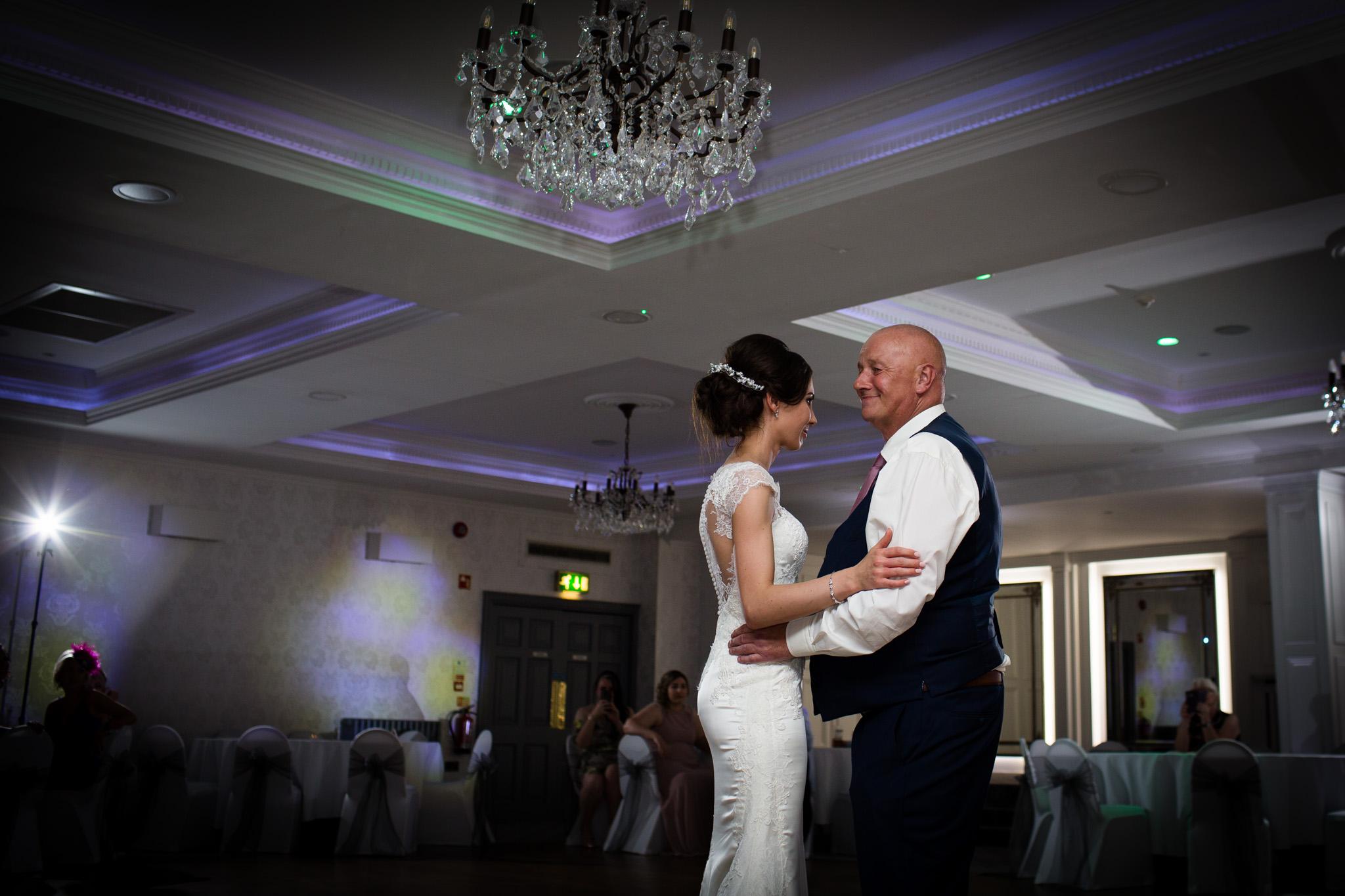 Mark_Barnes_Northern_Ireland_Wedding_Photography_Leighinmohr-house-hotel-ballymena_Wedding_Photography-68.jpg