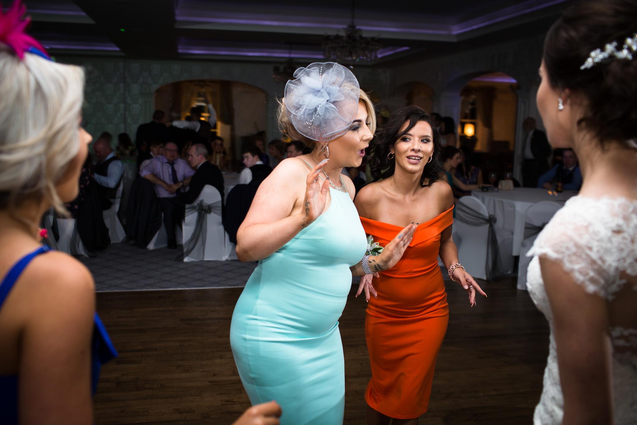 Mark_Barnes_Northern_Ireland_Wedding_Photography_Leighinmohr-house-hotel-ballymena_Wedding_Photography-69.jpg