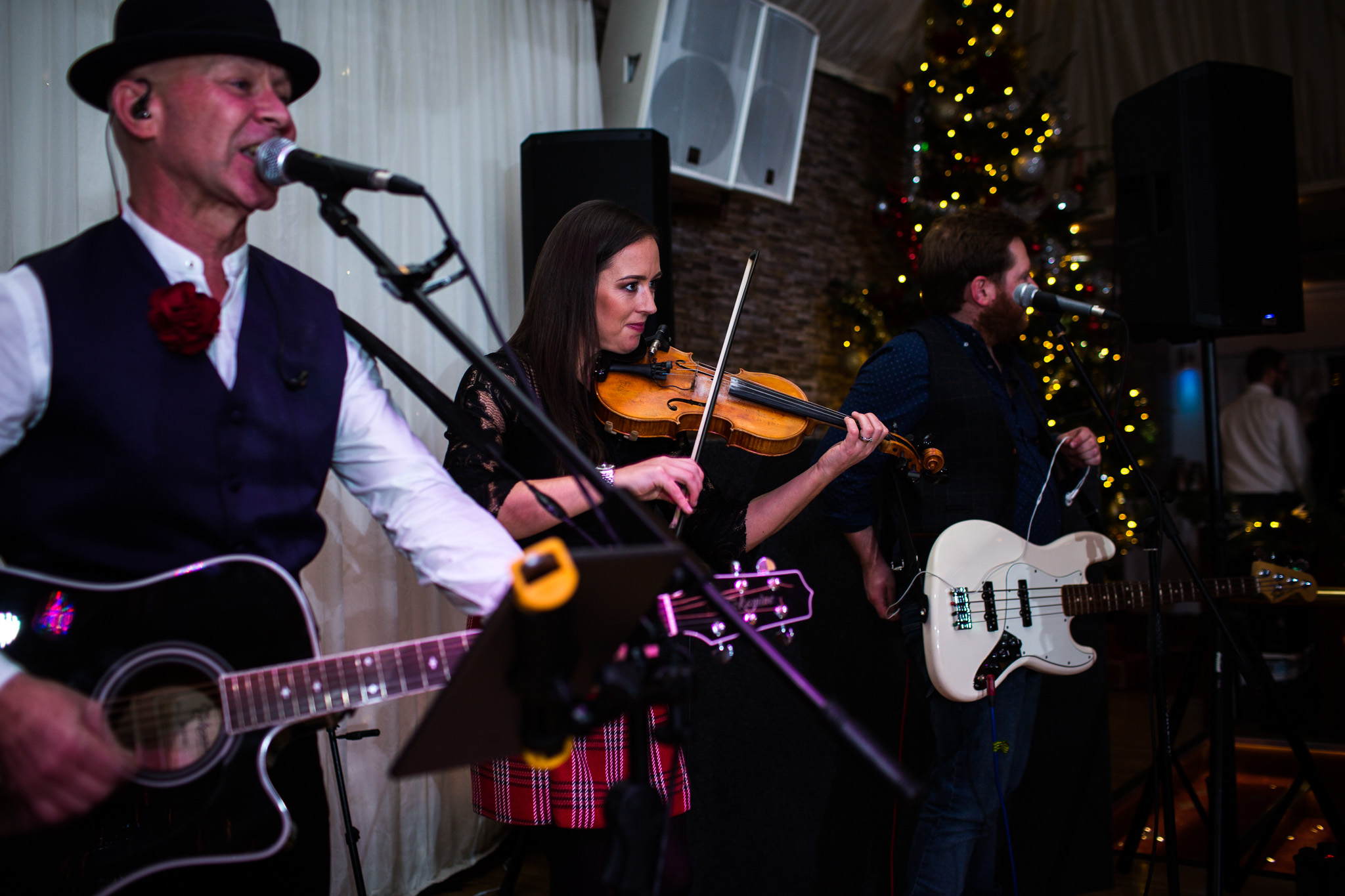 Mark_Barnes_Northern_Ireland_wedding_photographer_Harveys_Point_Donegall_Wedding_photography-Adam&Gemma-70.jpg