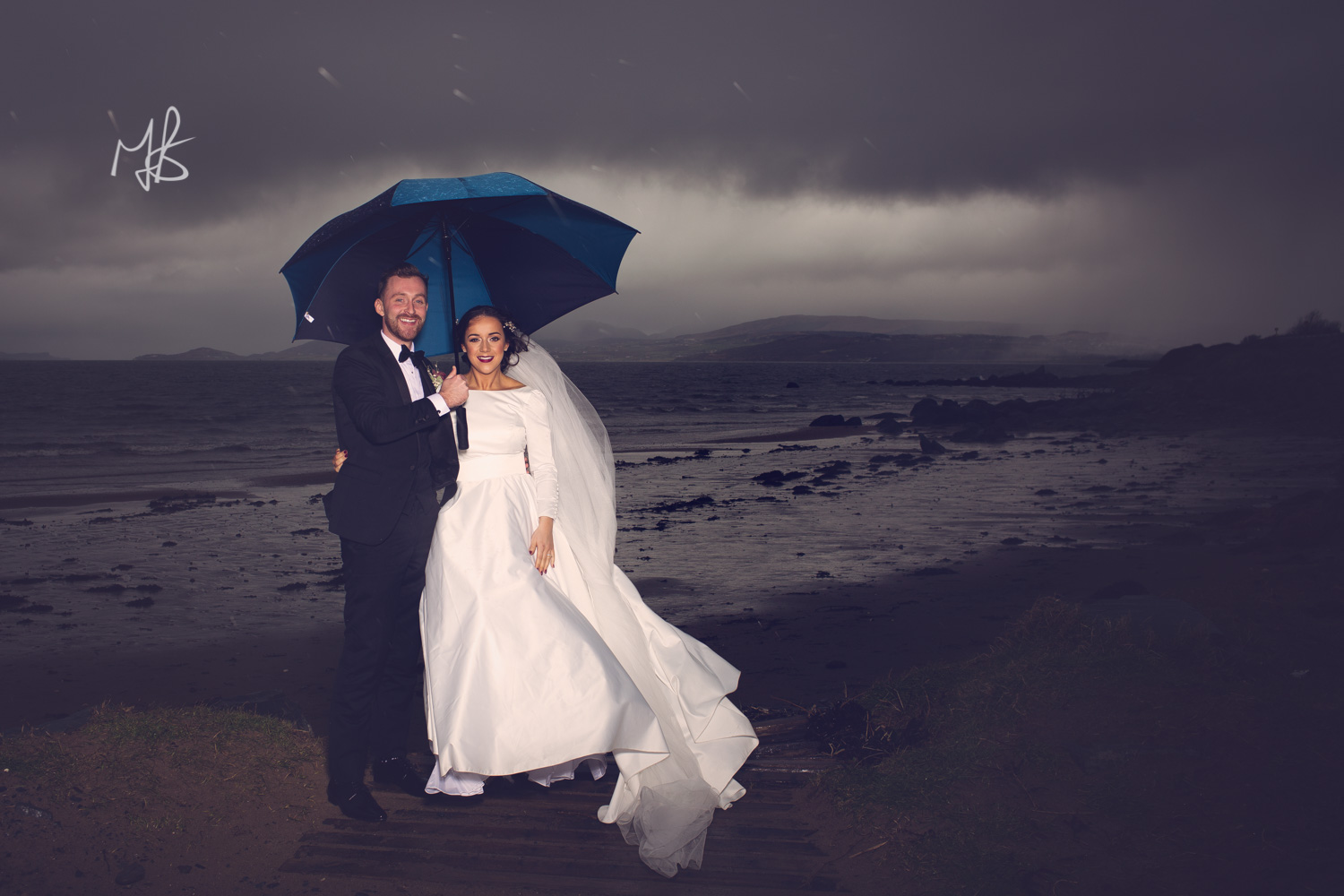 Mark_Barnes_Northern_Ireland_wedding_photographer_Innishowen_Gateway_Donegal_Wedding_photography-previews-319.jpg