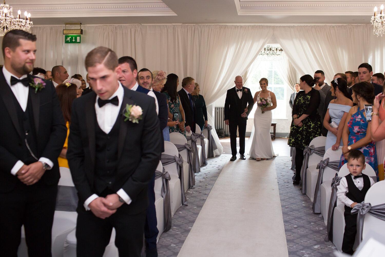 Mark_Barnes_Northern_Ireland_wedding_photographer_Leighinmohr_house-hotel_ballymena_wedding_photographer-24.jpg