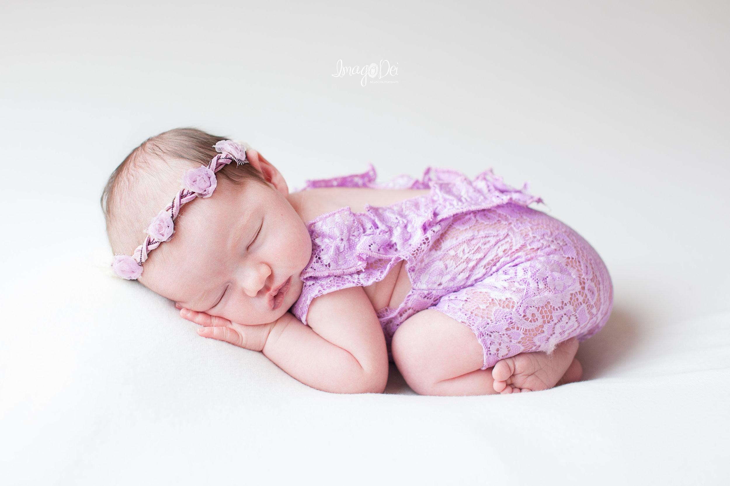 Columbia MO Newborn Photographer 10