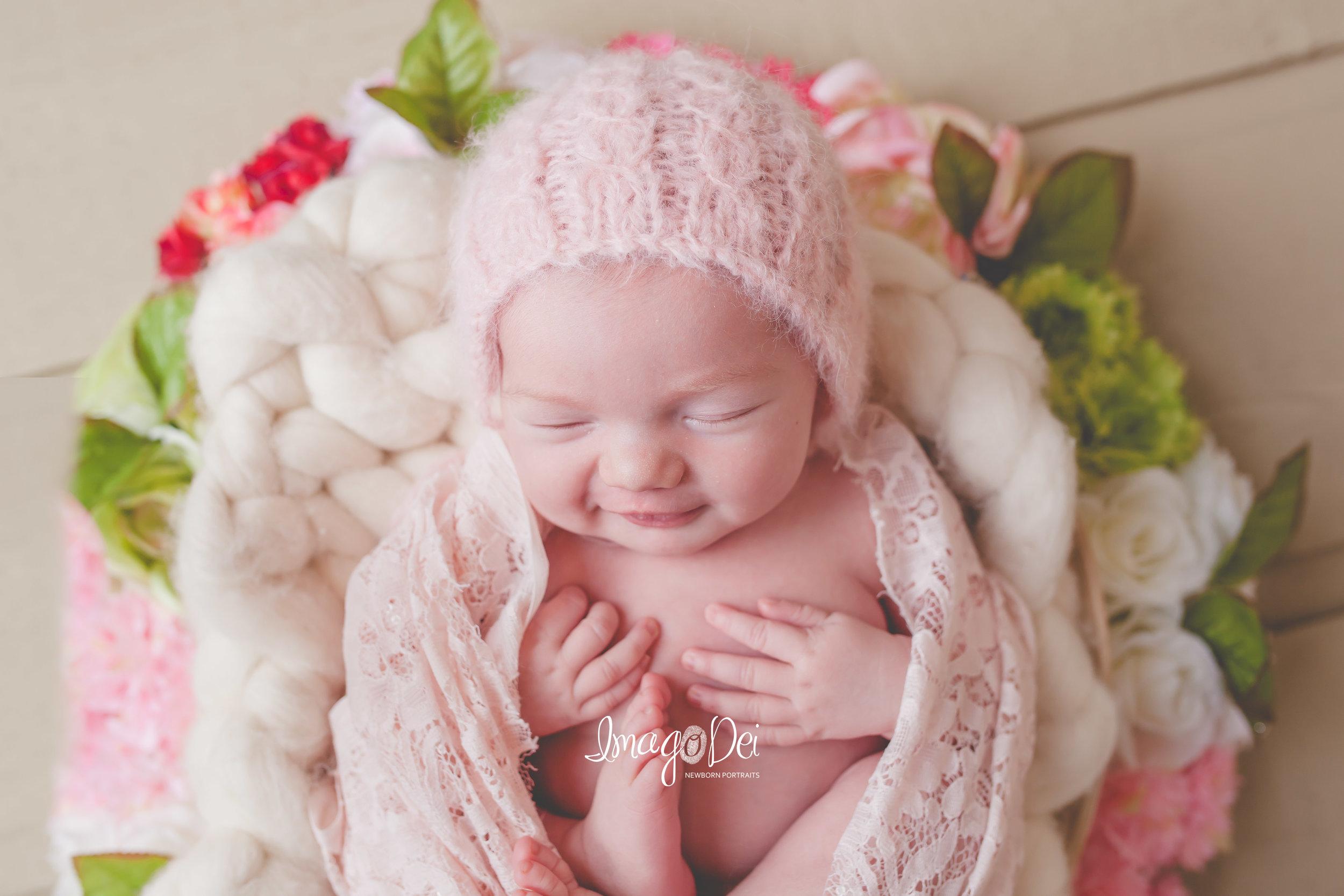 Columbia MO Newborn Photographer 15