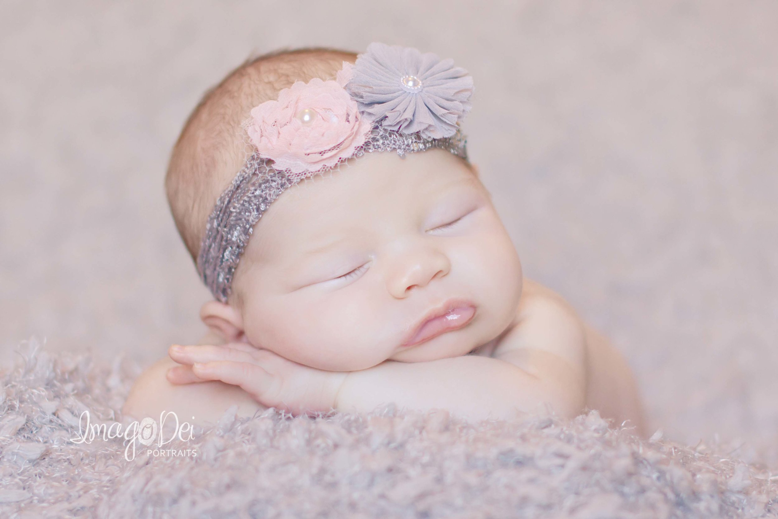 "- ""Crystal was so sweet & did an excellent job on our daughter's newborn photos. I've had so many people compliment C's pictures & every time I say,"