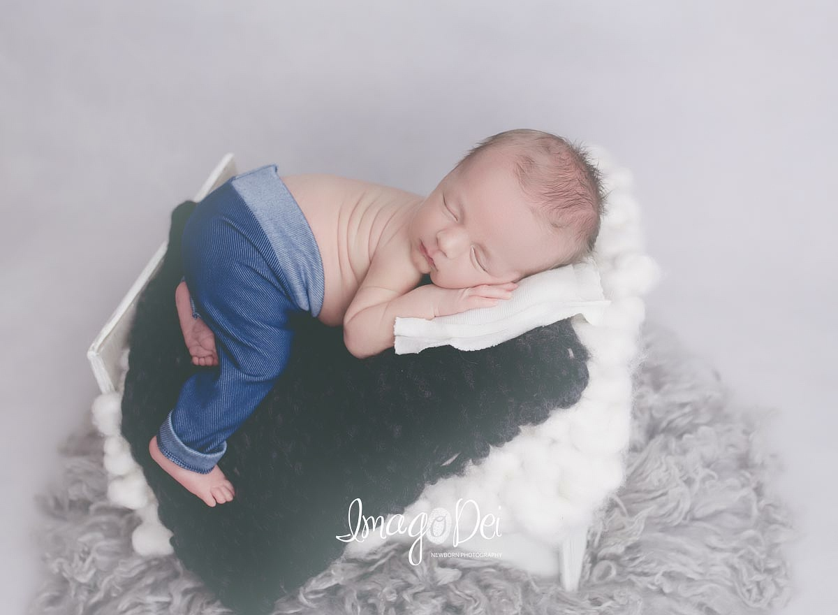 "- ""Highly recommend! Crystal is very easy to work with and accommodating. We got newborn pictures done for my son and they turned out beautiful! He is 9mo old and I still look at them all the time, I love them so much! She has so many props and ways to make the pictures personal. I will definitely use her again.""-Morgan R"