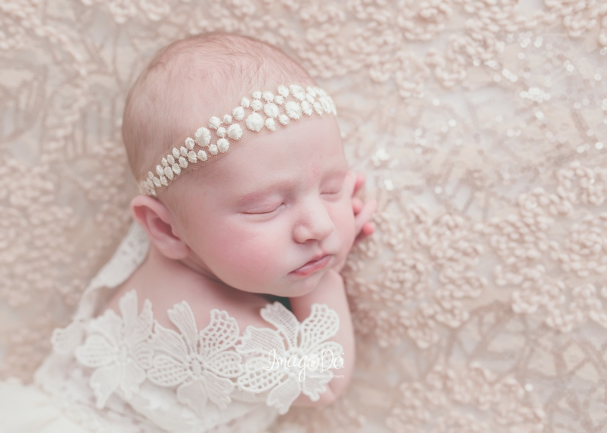 "- ""Crystal was amazing with our daughter. My husband called her 'the baby whisperer'. She was very patient and was able to capture perfect images of our little girl. She was so kind and we are in love with our newborn photos.""-Kim G"