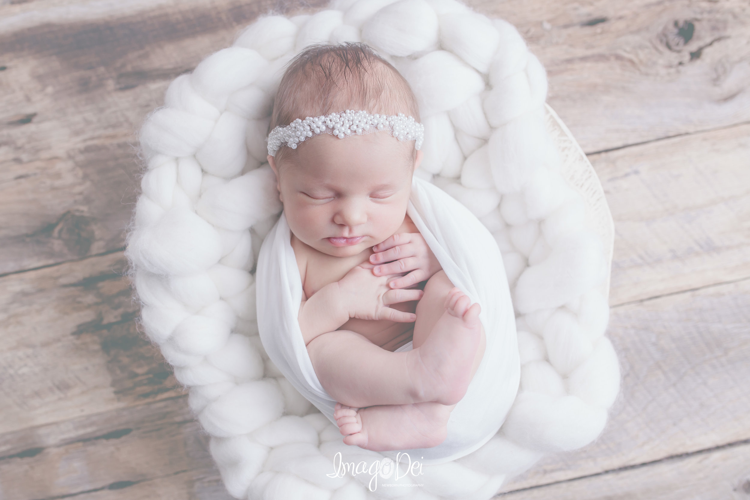 "- ""Had a wonderful experience with Crystal. She did an amazing job with our little one!""-Katie W"