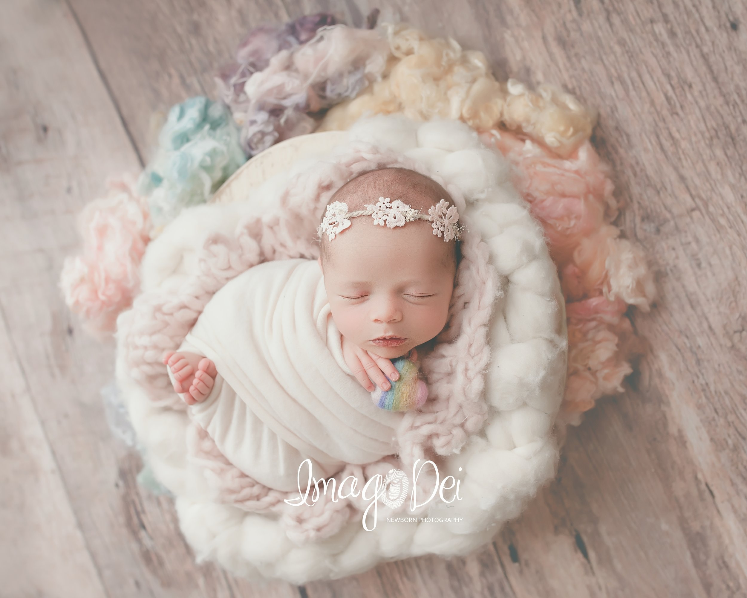 Imago Dei Newborn Photography- Lake Reg-2.jpg