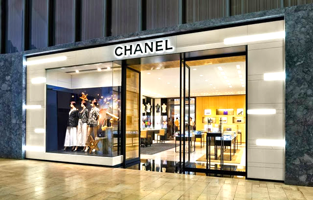 Yorkdale's mall-fronting Chanel store is actually a Holt Renfrew concession. Photo credit: Holt Renfrew.