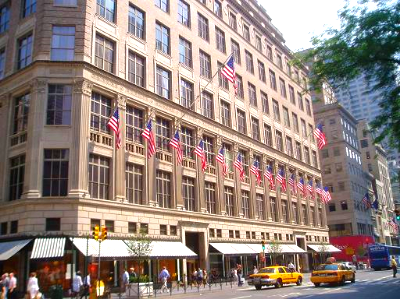 Saks Fifth Avenue's Manhattan flagship is worth an estimated $1 billion. Photo:http://www.nyc-architecture.com
