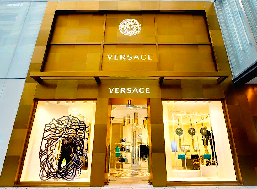 New Versace flagship store, Hong Kong. Photo: www.bastiaanvanschaik.com