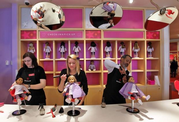Doll hair salon at American Girl. Photo:  www.stltoday.com