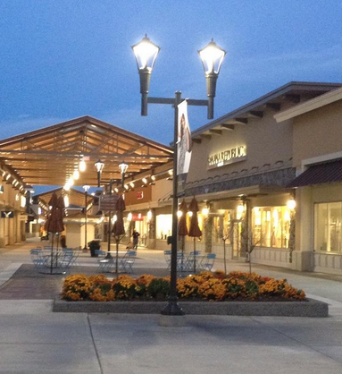 Photo: Premium Outlets Montreal, via Twitter.