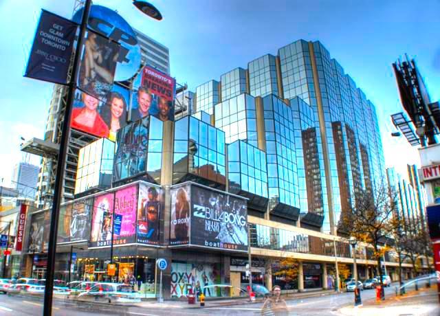 Atrium on Bay, Toronto. Photo: Crimson Design Group.