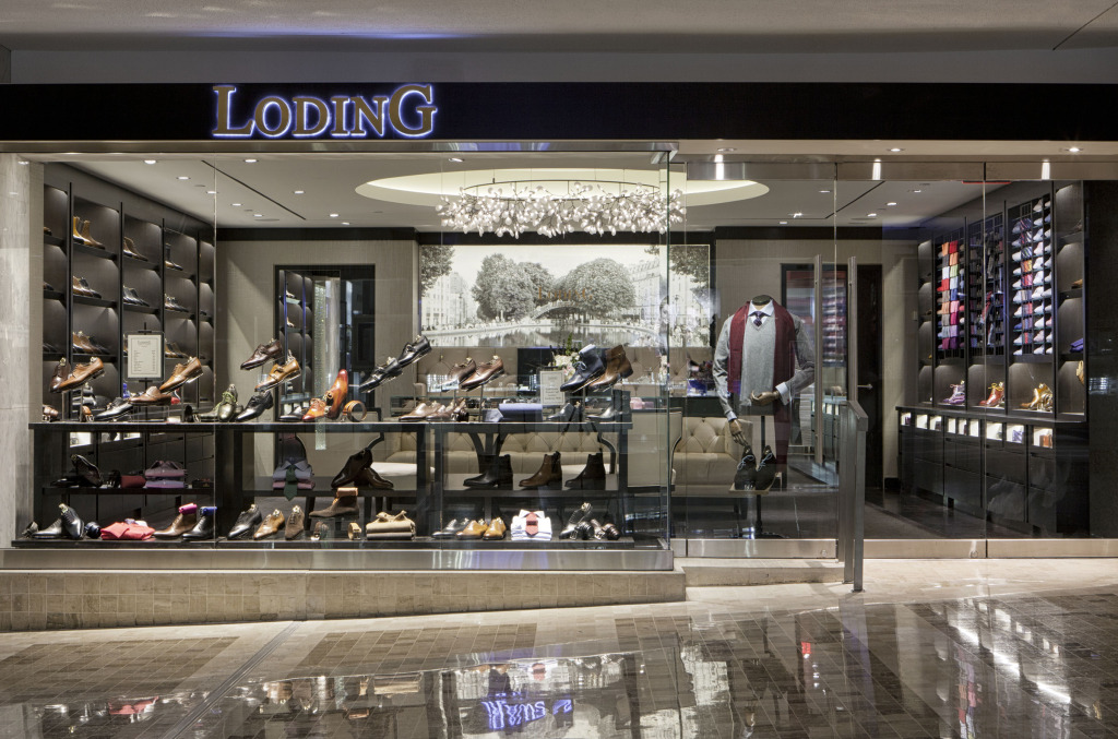 Loding, First Canadian Place. Photo: Loding.