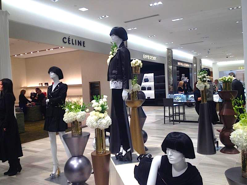 Ground floor accessory boutiques. Photo: Retail Insider