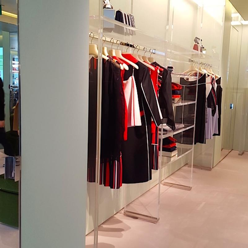 Women's ready-to-wear on 2.Photo: Helen Siwak of @Eco.Lux.Luv