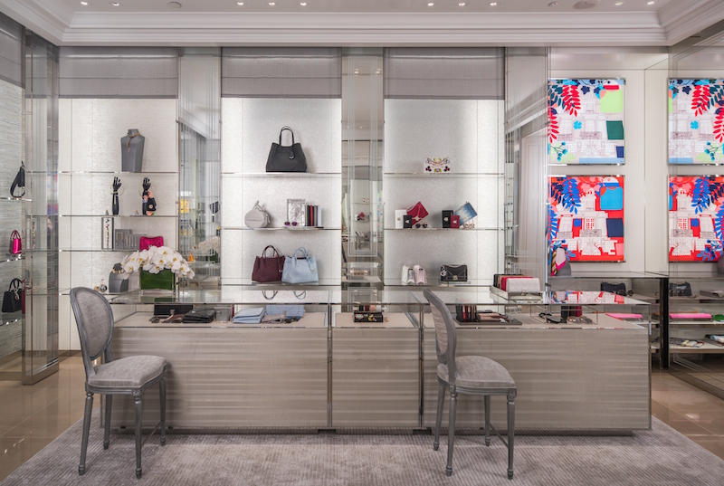 Handbags, scarves and other Dior accessories.
