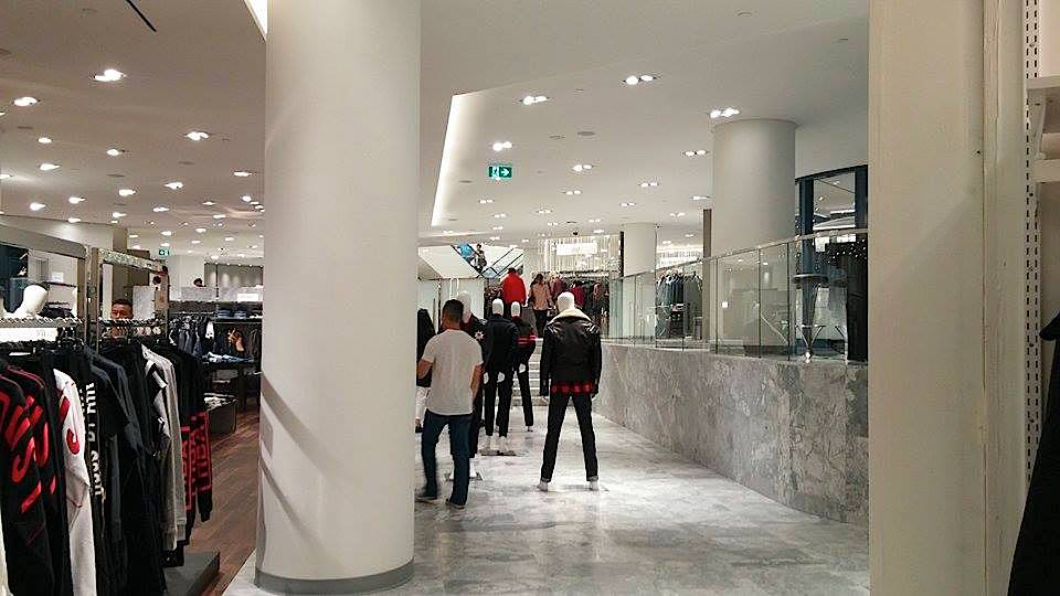 The expansion includes steps, reflecting the configuration of CF Pacific Centre as well as the former sports retailer that Holt's replaced.Photo: Ritchie Po