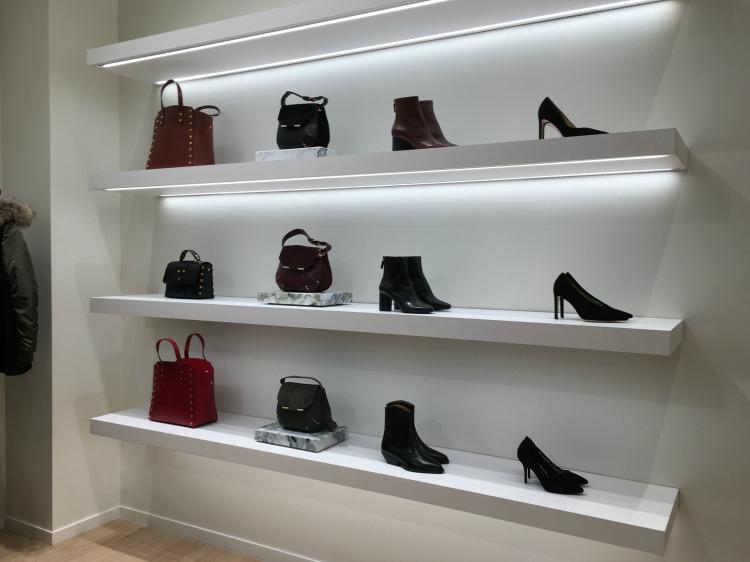 (Women's bags/shoes)