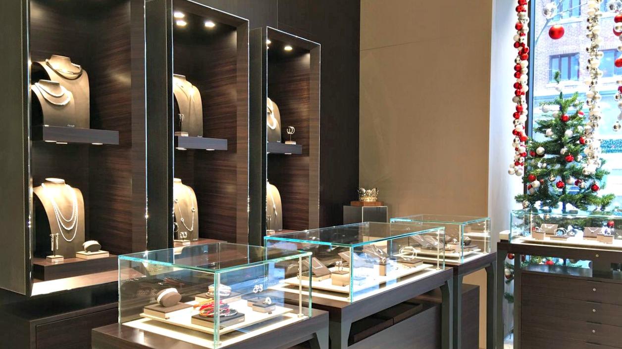 (Jewellery displays. Photo:    Maxime Frechette )