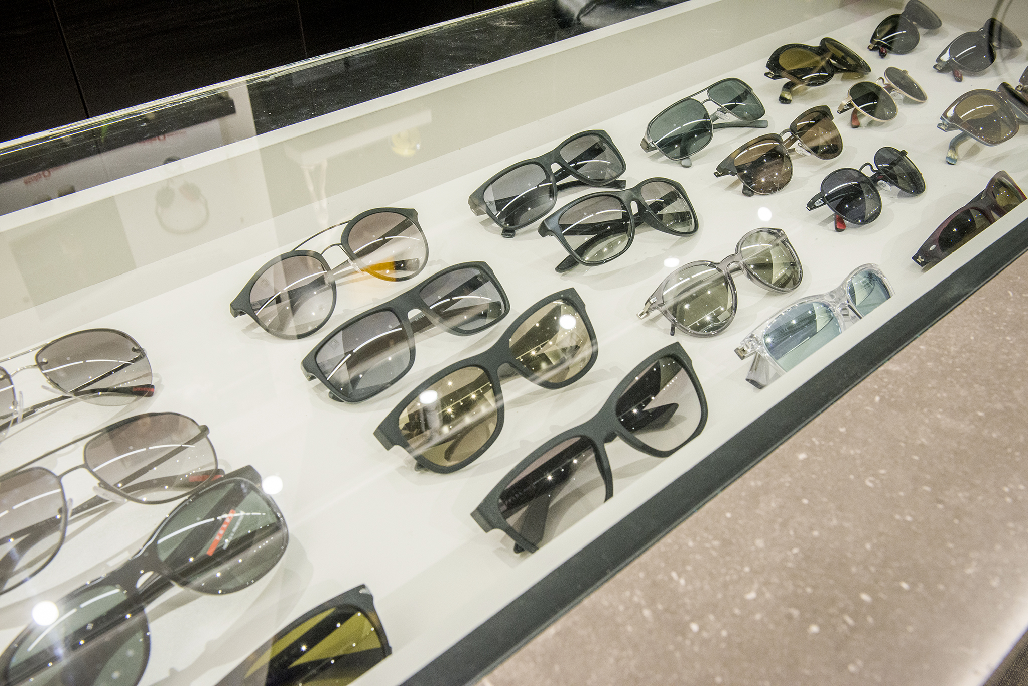 (Sunglass display case. photo: BUILD IT By Design )
