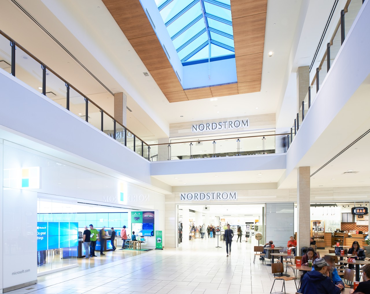 (Cf Chinook Centre. Photo: Cadillac fairview)