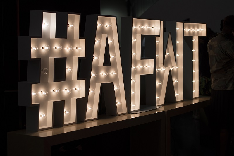 (SIGN BY: Www. marqueeletterstoronto.com )