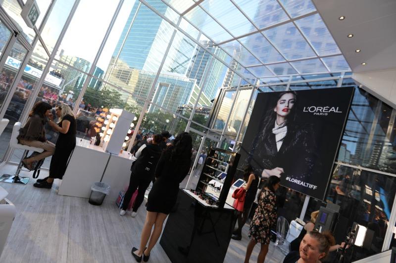 (Inside Loki Box Design's L'oreal installation. Photo: Loki Box Design)