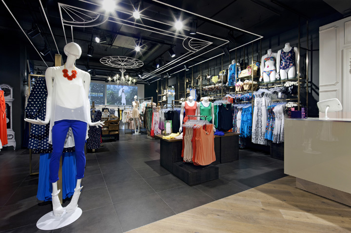 Oasis-store-at-Trinity-Centre-by-Dalziel-and-Pow-Leeds-UK-04.jpg