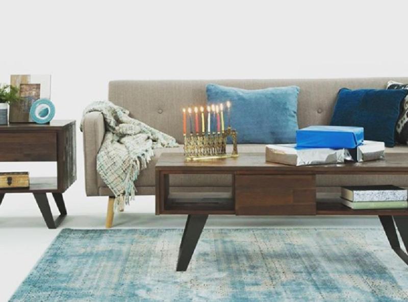 Simpli Home fashion. Photo: Simpli Home Instagram