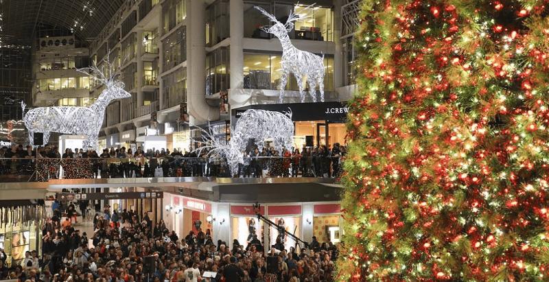 (Christmas at CF Eaton Centre. Photo: CF Toronto Eaton Centre Instagram)