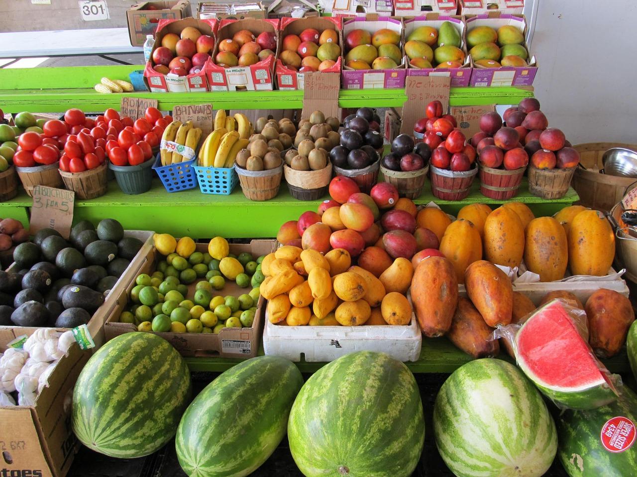 farmers-market-373770_1280.jpg