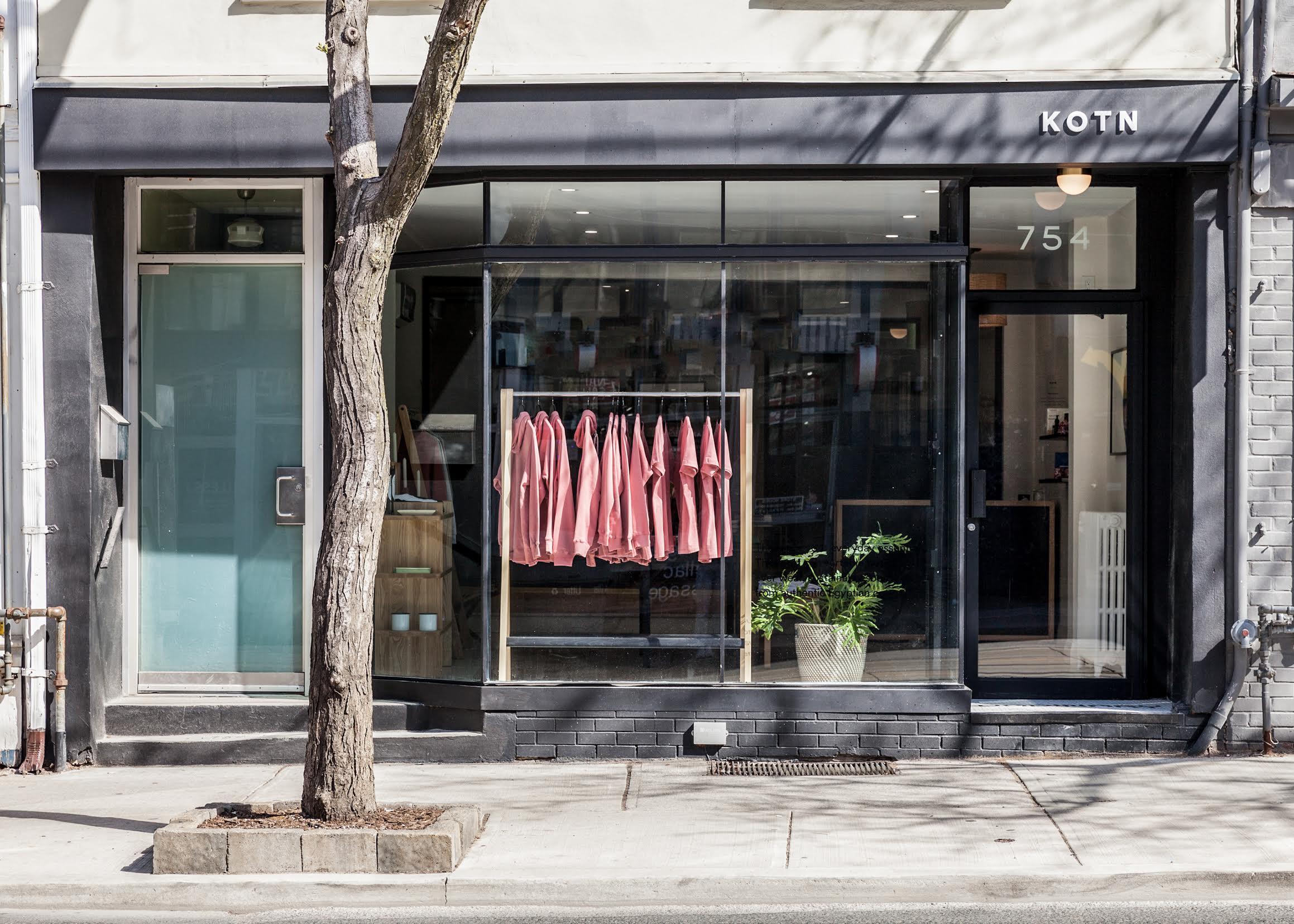 (Toronto Queen Street West Storefront. PHoto: KOTN)