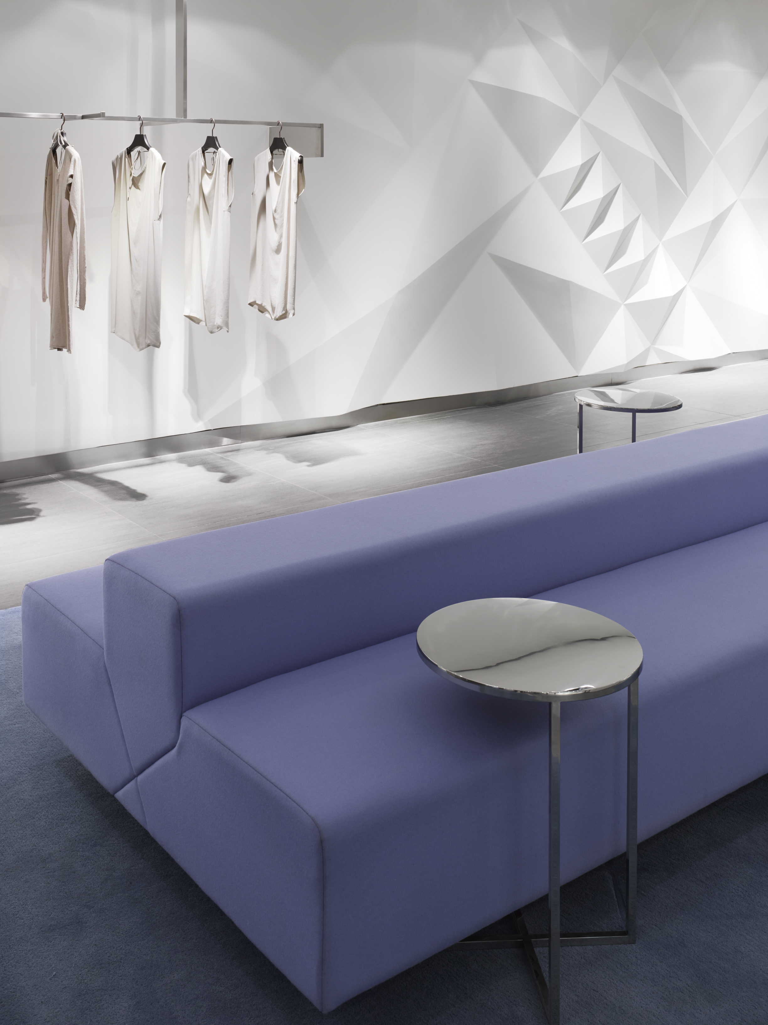 (The Galleria Department Store Seoul: Women's Luxury floor, west hall.   Photo: Ben Rahn, A-Frame Studio)