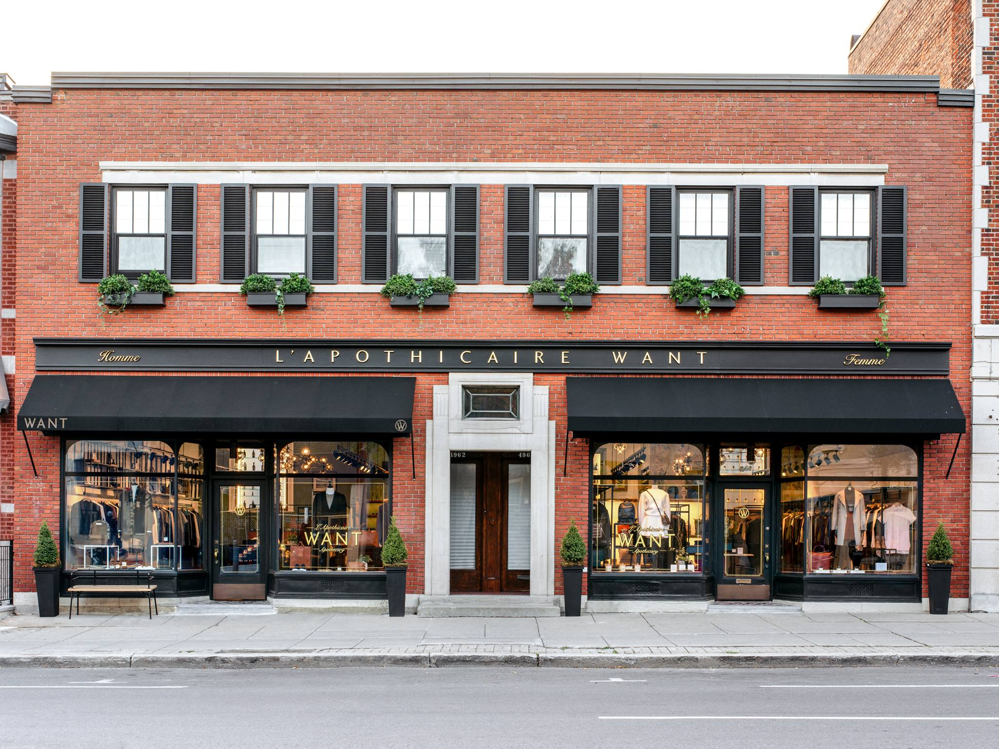 4960 Rue Sherbrooke West, Montreal, QC.
