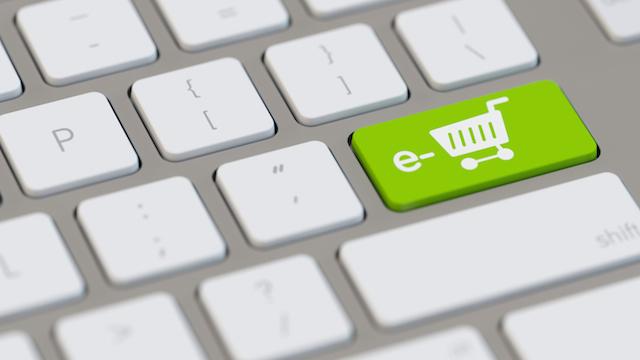 Shopping-cart-on-keyboard-online-shopping-groceries.jpg