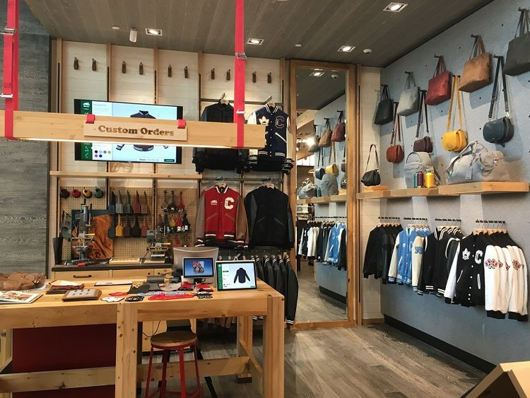 Roots Cabin: CUSTOMIZATION AREA IN THE NEW YORKDALE STORE. Photo: Roots