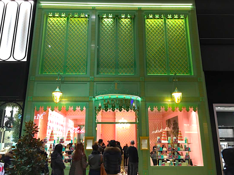 Ladurée at Toronto's  Yorkdale Shopping Centre offering the colonial style of the 18th century to bring a bit of Paris to bustling Toronto. Photos (above and below):  Ladurée