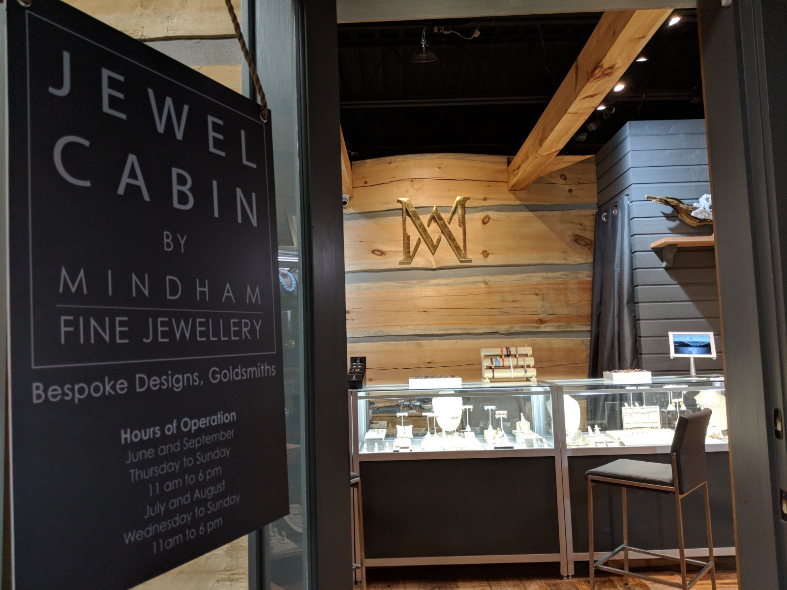 Mindham Fine Jewellery JC Interior 4.jpg