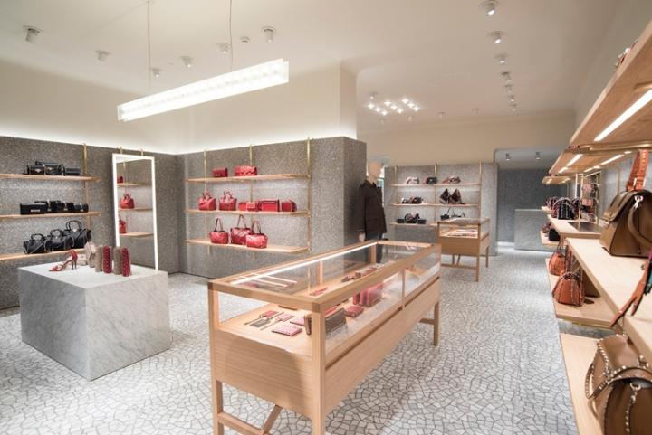 Valentino-store-by-David-Chipperfield-architects-Sao-Paulo-Brazil03.jpg