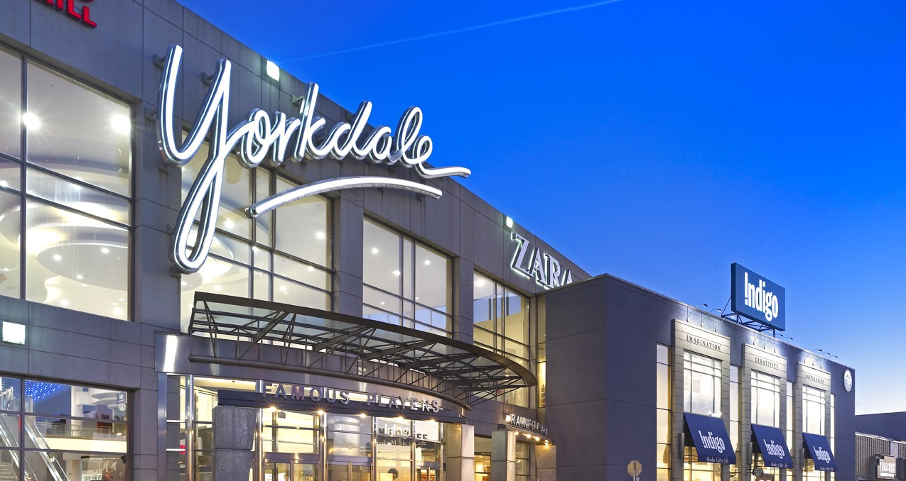 Yorkdale Shopping Centre (Above) and Oakbrook Center Mall (Below, Oakbrook, IL). Photos:    Randy Burkett Lighting