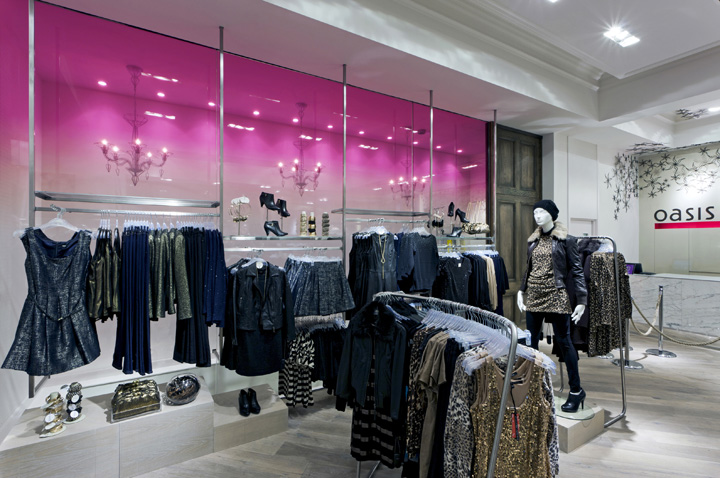 London West End location.Photos (above and below):  Retail Design Blog