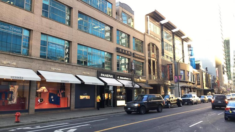 The 1000 Block of Alberni Street In Vancouver (Note: Retail Insider is using photos only as examples and is not implying that these retailers were targets of theft) PHOTO: LEE RIVETT