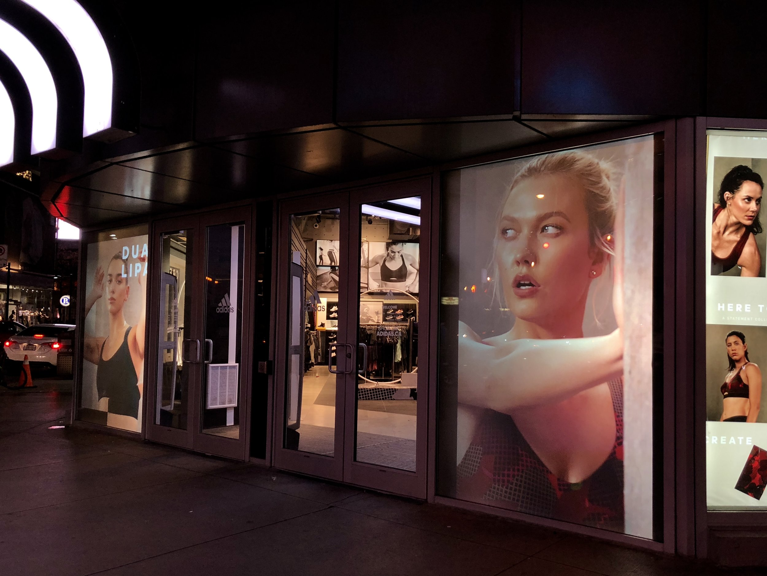 PROJECT FOR ADIDAS AT YONGE AND DUNDAS IN TORONTO PHOTO: FRONTRUNNER TECHNOLOGIES