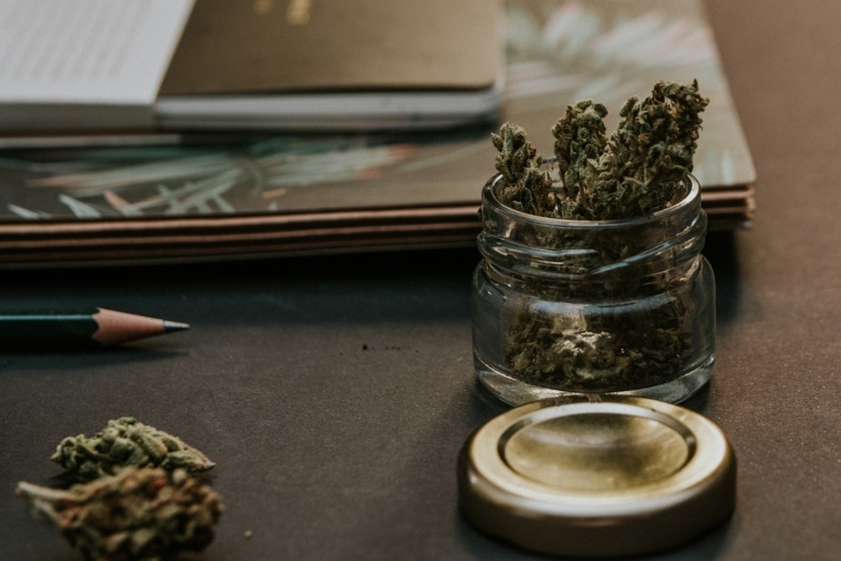 blur-bud-cannabis-1466335.jpg